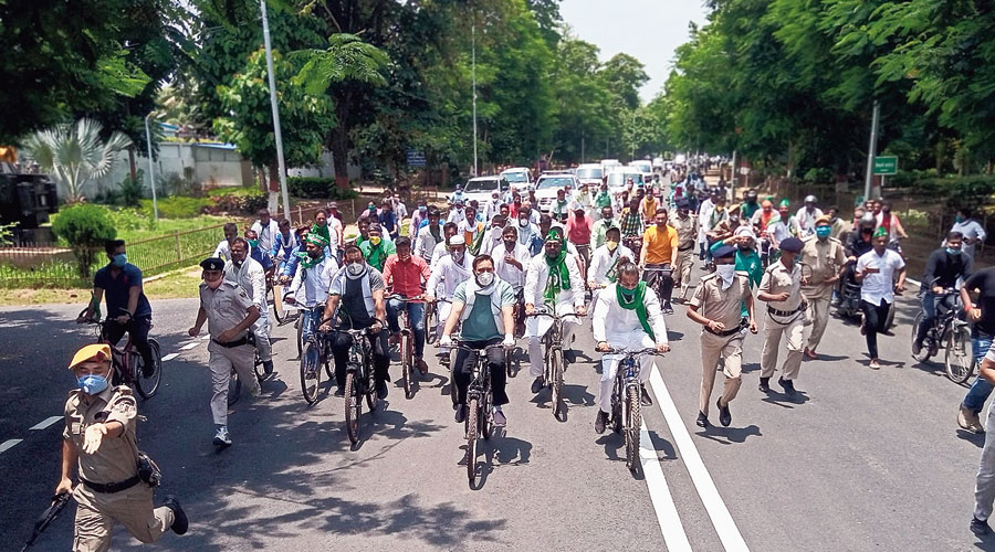 The RJD bicycle rally in Patna on Sunday.