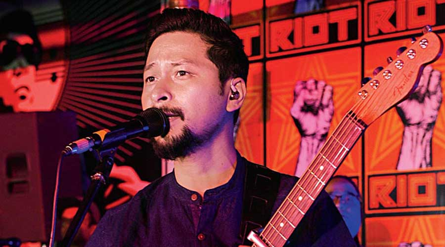 Bipul Chettri and The Travelling Band live at Momo I Am in Sector V, before Covid-19 struck