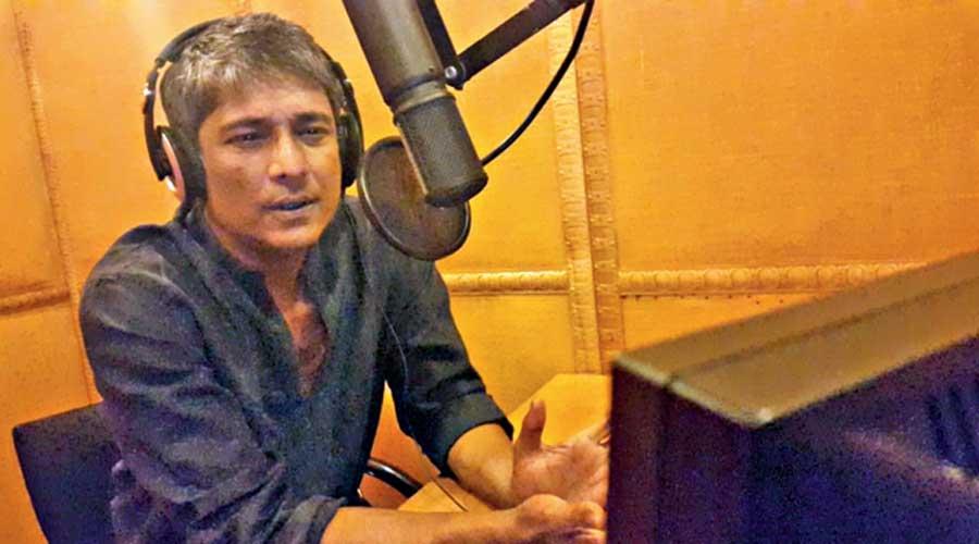 Adil Hussain, who has signed Marichjhapi, dubs for The Violin Player, Mukherji's last film