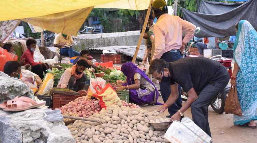 Vegetable vendors at Sakchi market