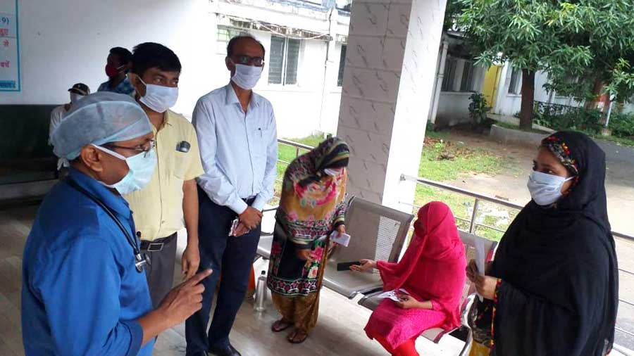 Covid-19 patients discharged from Bokaro General Hospital after recovery