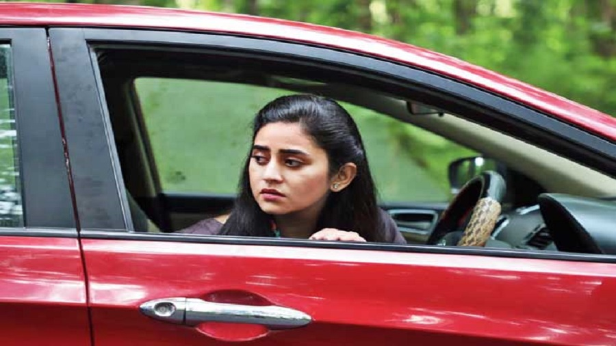 Ridhima Ghosh in Mafia, streaming on Zee5