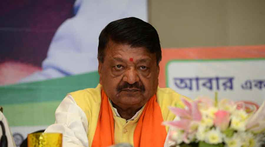 Considering the lawlessness in the state, the government in Bengal doesn't have the right to stay in power and hence, it should be dissolved: BJP national secretary Kailash Vijayvargiya