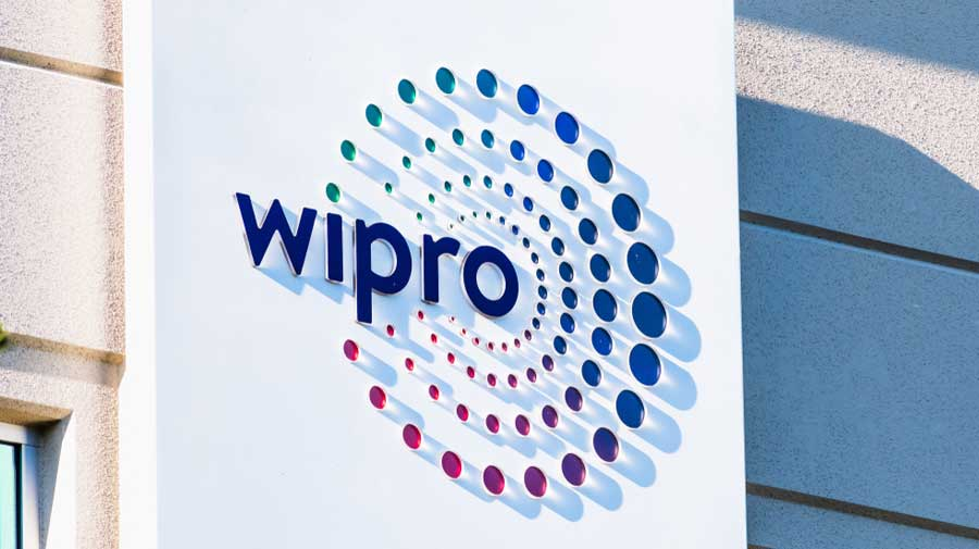 Total revenue of Wipro from IT services was up 1.5 per cent at Rs 15,033.6 crore during the reported quarter from Rs 14,802 crore  a year ago.