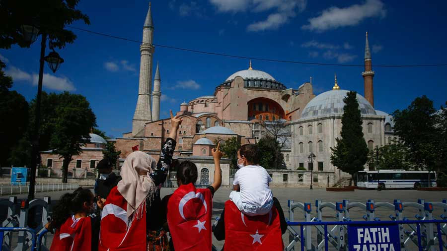 Mosaics in Hagia Sophia to be protected, preserved: Presidential spokesperson