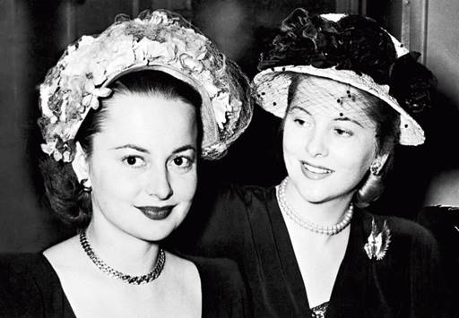 With her sister Joan Fontaine