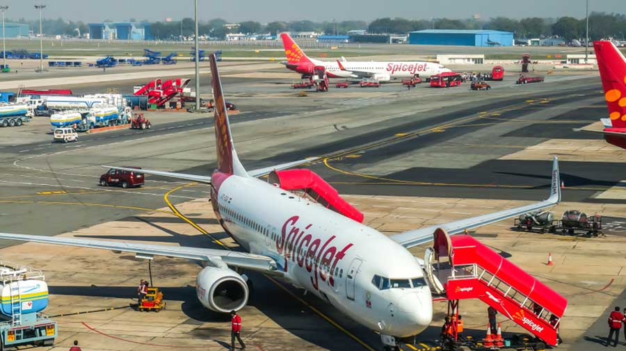 At present, SpiceJet operates a fleet of Boeing 737s and Bombardier Q400s. The SpiceJet fleet stands at 121.