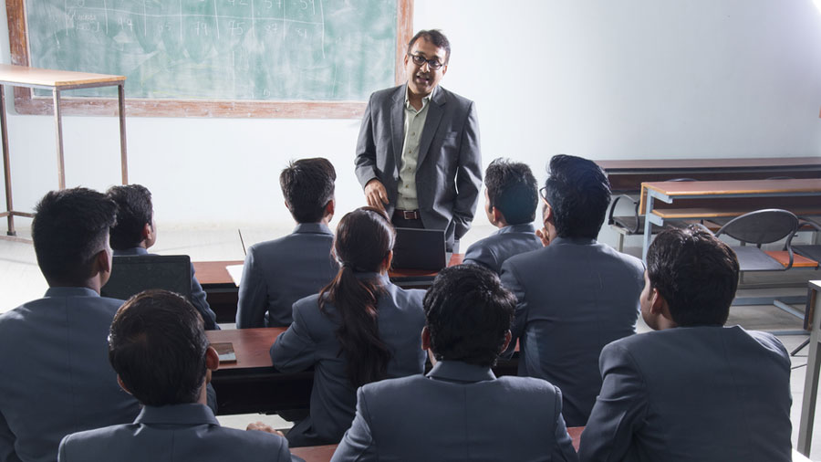 Teachers fulfilling the criteria recommended by UGC will be paid a monthly salary of Rs 35,000.