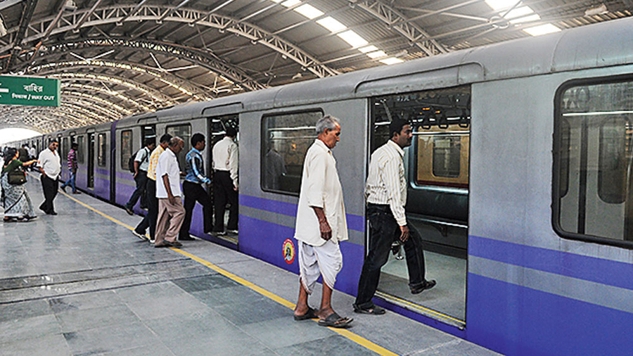 On Friday, Mamata had said Metro services might resume if it could be ensured that the trains ran only with seated passengers.