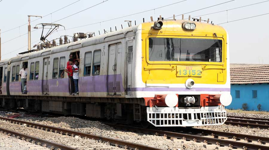 The local train service in Bengal stopped in the wake of the Covid-19-induced lockdown, leaving lakhs of daily passengers, mostly job-holders, in the lurch. State government sources said the railways operated 20 to 22 trains from Howrah and Sealdah daily but the masses were not allowed to board those.