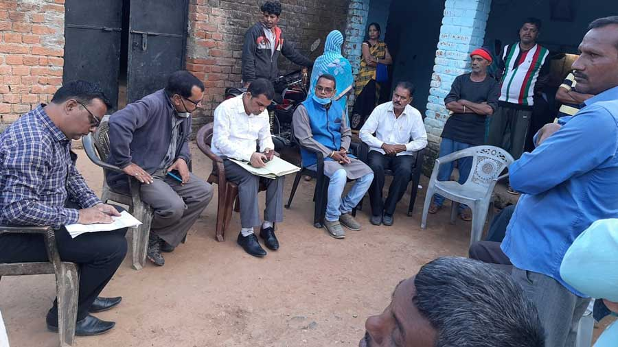 A team of officials at Dandaikala village in Hazaribagh on Tuesday.