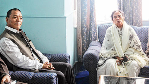 Bimal Gurung and Mamata Banerjee in Darjeeling.