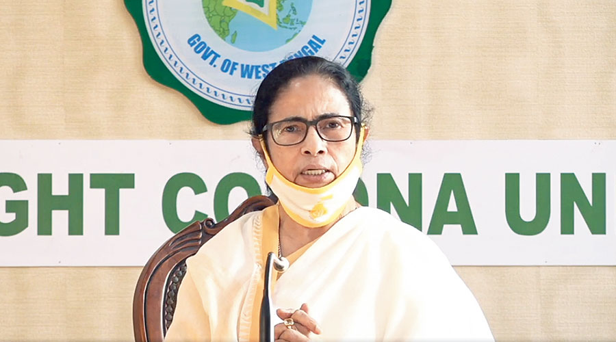 Chief minister Mamata Banerjee visited the area in the evening and instructed the Calcutta Municipal Corporation to provide the families with relief material at the earliest.