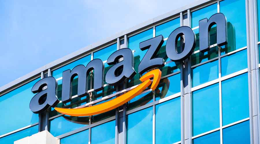 Traders body Confederation of All India Traders (CAIT) has urged the Centre to impose a ban on Amazon's e-commerce portal and its operations in India even as it accused the company of indulging in predatory pricing, deep discounting and inventory control.