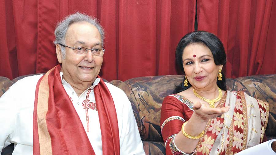 Soumitra Chatterjee and Sharmila Tagore