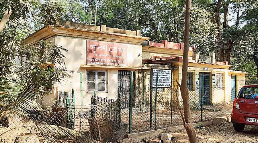 Book store Subarnarekha in Santiniketan where Soumitra Chatterjee would engage in addas