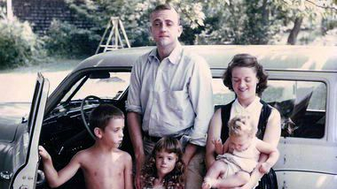Kurt Vonnegut with his wife Jane and their three children (from left to right): Mark, Edie and Nanny.