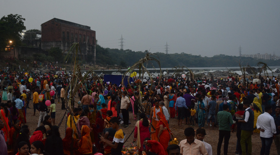 Devotees throng Subernarekha ghat for Chhath on Friday evening.