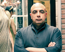 Designer Tarun Tahiliani has penned the foreword of Fashion Musings