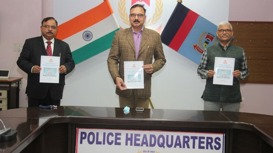 DG head quarters Ranchi Ajay kr Singh (in middle) releasing handbook on cyber security awareness on Friday in Ranchi.