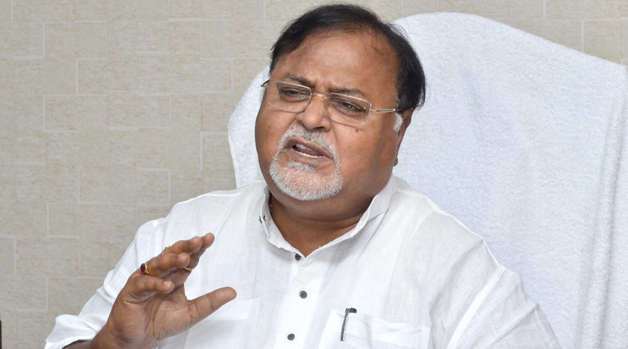 The decision was taken at a virtual meeting on Sunday between education minister Partha Chatterjee and the vice-chancellors of state-aided universities.
