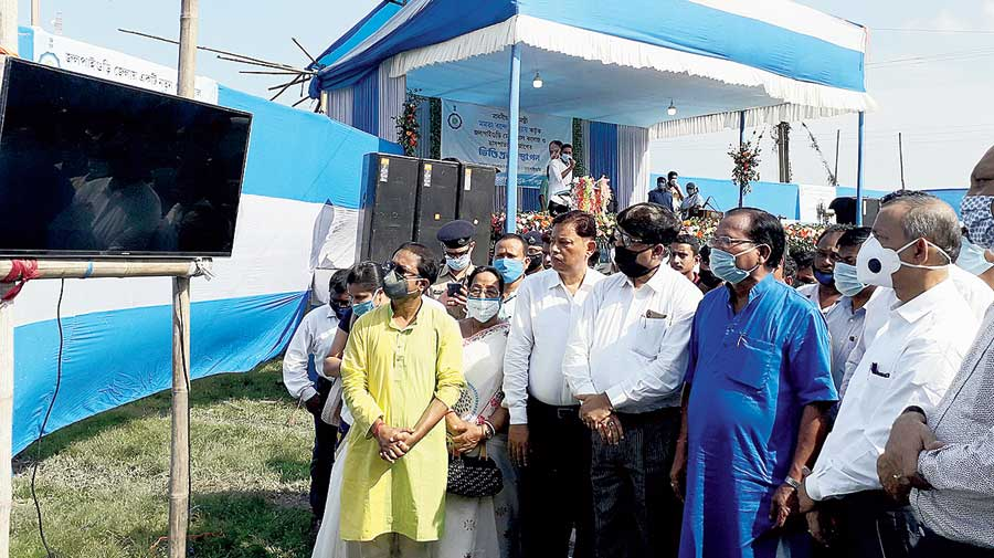 Minister Deb (extreme right) with others at the foundation stone laying ceremony of the medical college and hospital in Jalpaiguri, which Mamata Banerjee virtually inaugurated from Uttarkanya in Siliguri on Wednesday.