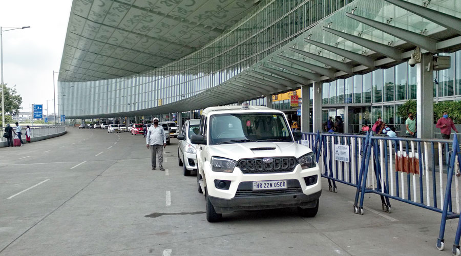 A Mahindra Scorpio with a beacon on top remained parked in front of the airport terminal building at the departure level for close to two hours on Sunday.