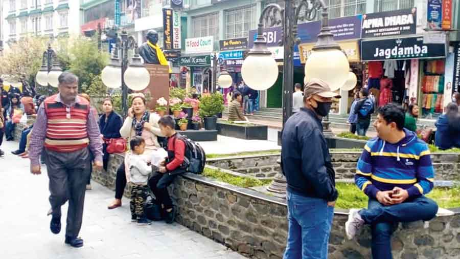 MG Marg, the prominent haunt of tourists in Gangtok.
