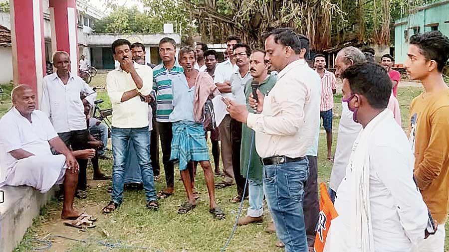 Trinamul leaders during the Taphashilir Sanglap at Gangajalghati village in Bankura.