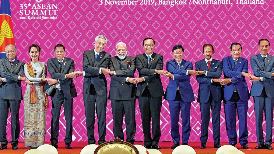 Prime Minister Narendra Modi with leaders of Asean countries in Bangkok in 2019.