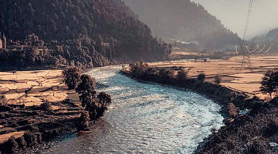 River Jhelum leaves Baramulla towards Uri at Gantamulla in Kashmir