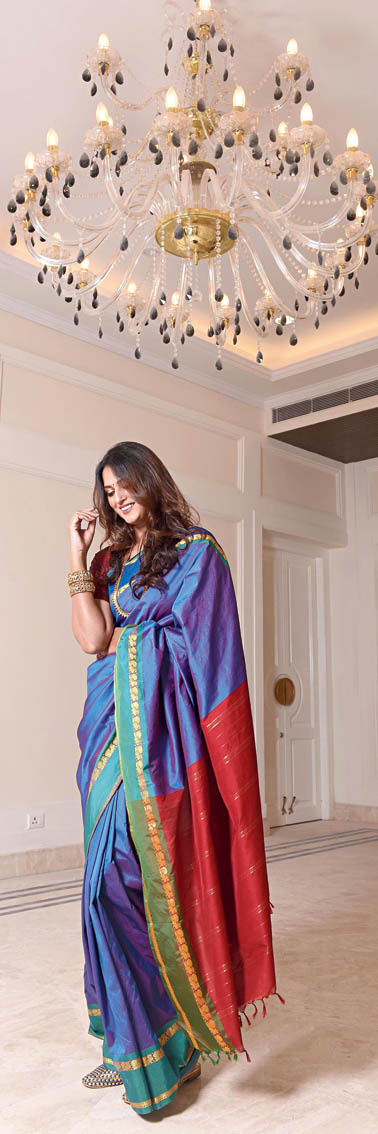 """3. """"I am born and raised in Bangalore. So the Kanjeevaram saris are these royalty pieces. So, I have grown up with that in my mind. I have seen people dress in Kanjeevarams during festivities,"""" said Mitali as she draped this Kanjeevaram. The copper eyeshadow added the glam edge."""