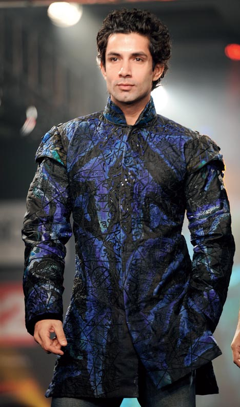 6. Sahil Shroff as the showstopper for the 20-year-old celebrations