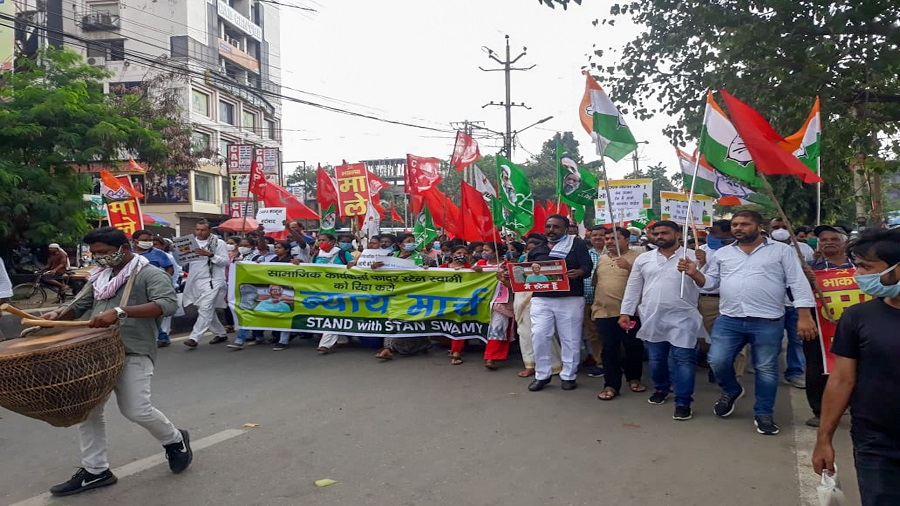 Representatives of various rights groups and members of Left and ruling alliance parties on a 'Nyay March' to demand the release of Stan Swamy and other political prisoners in Ranchi on Saturday