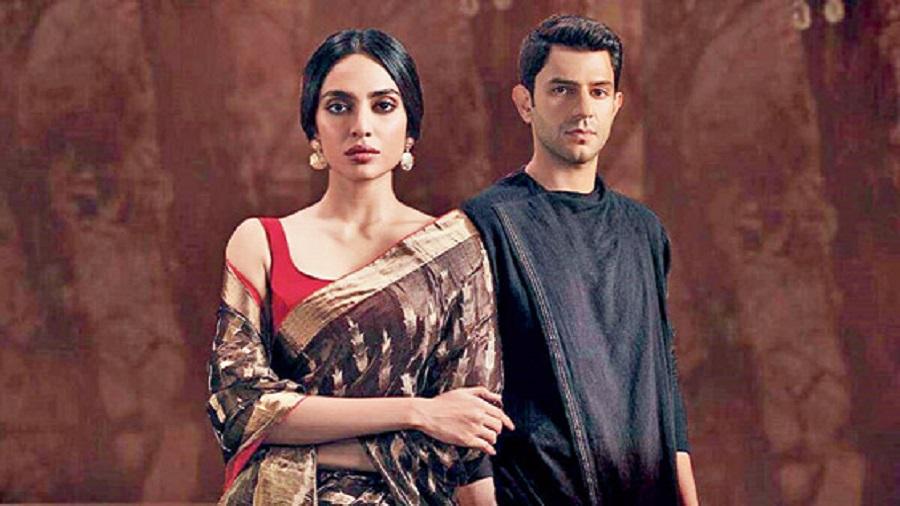 Arjun Mathur with Sobhita Dhulipala in Made in Heaven
