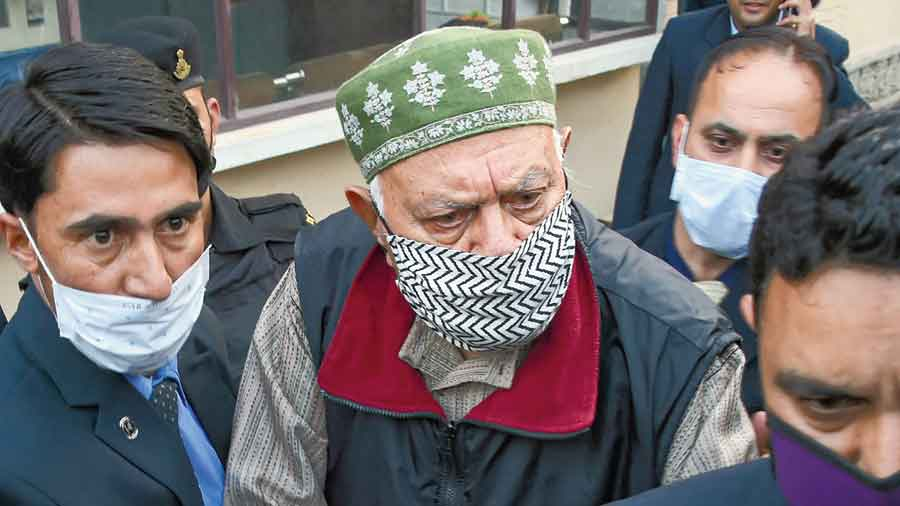Farooq Abdullah leaves the Enforcement Directorate  office in Srinagar  on Monday