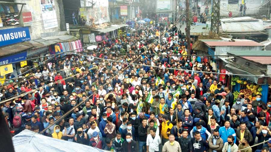Supporters of the Gorkha Janmukti Morcha (Binay faction) demonstrate against Bimal Gurung in Darjeeling on Sunday