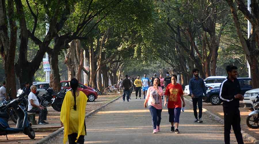 Morning walkers at Sonari-Kadma Link Road in Jamshedpur on Tuesday.