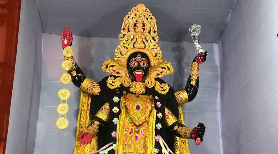 The 22 ft high idol of Goddess Kali at the puja organised by Young Boys Club in Telco last year.