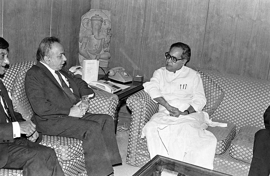 Pranab Mukherjee with the then Foreign Minister of Sri Lanka on April 19, 1994.
