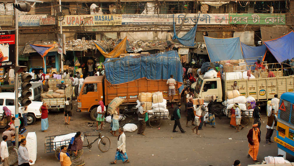 The National Environmental Engineering Research Institute showed that goods vehicles are responsible for the greater part of automobile pollution in Calcutta