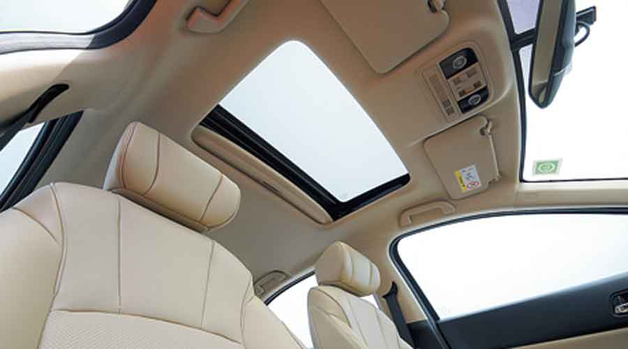 The sunroof adds to the sense of airiness in the cabin