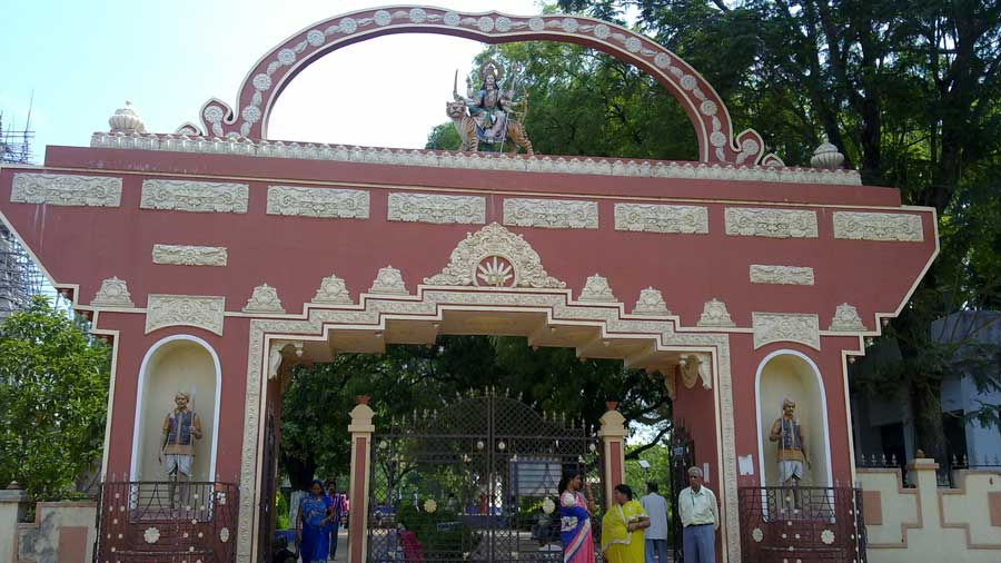 The entrance to the Bhadrakali temple in Chatra.
