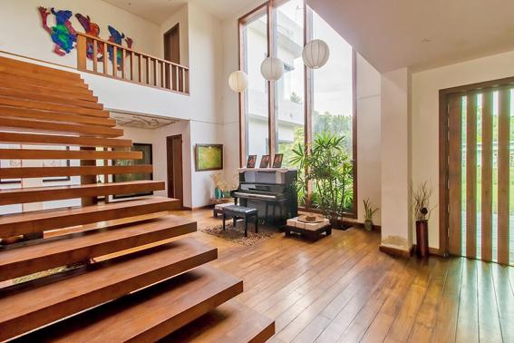 Aura home atrium