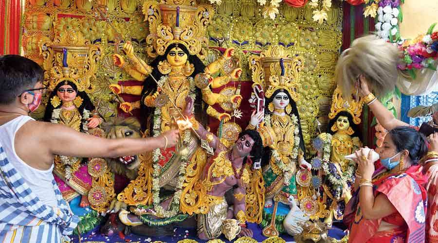 Many committees who organise Durga Puja in parks have been banking on collecting some revenue from stalls since corporate sponsorship and advertisements are hard to come by.
