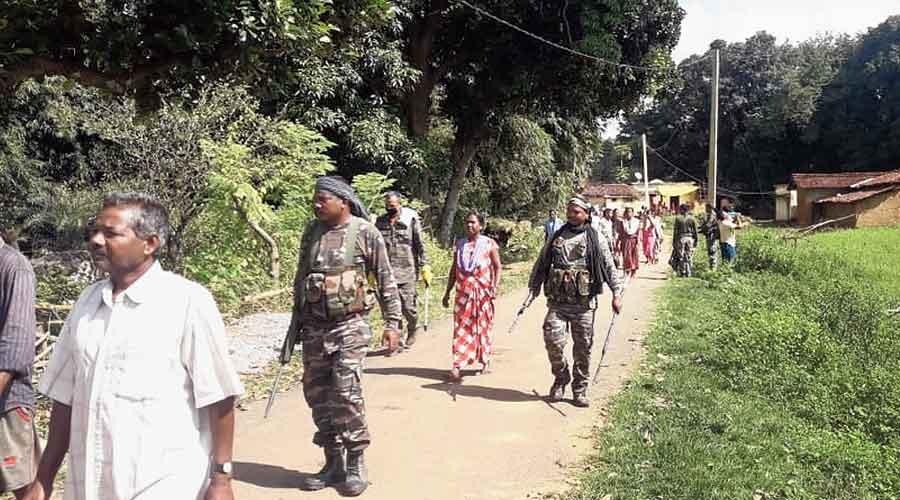 Police arrive at the lynching spot in Raidih, Gumla, on Tuesday