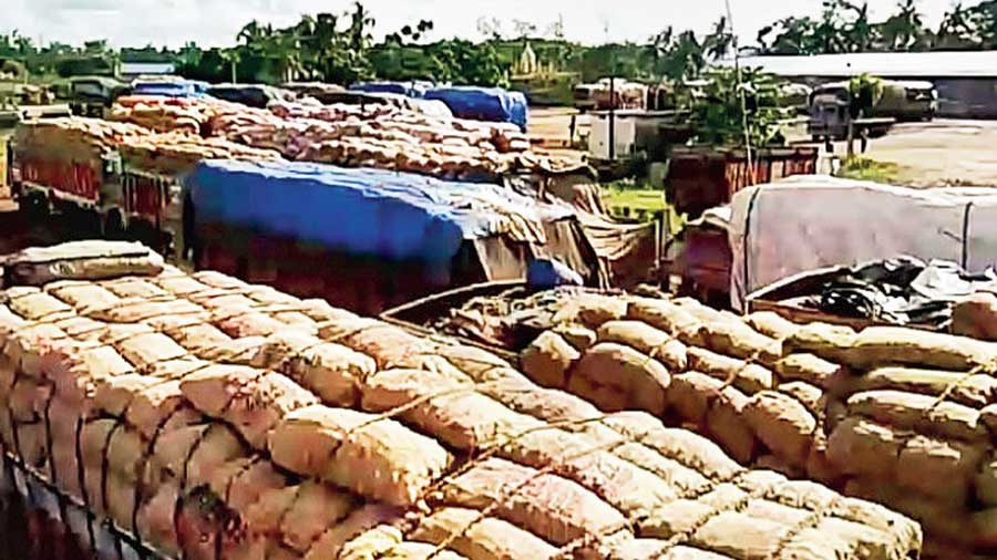 Trucks laden with onions stranded at Ghojadanga land port in North 24-Parganas.