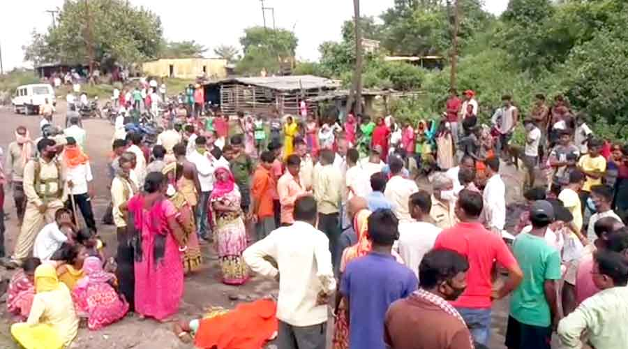 The road block by residents after the death of Arti Devi on Thursday morning.