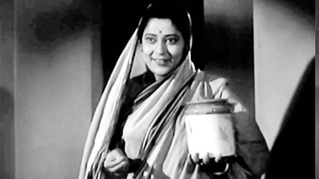 1. It needs one dialogue to make a legend out of a thespian. There are the violent ones like 'Kitney aadmi the' and the romantic ones like 'Bade bade deshon mein …' To Bengalis, it was a hilarious one: 'Masima, malpo khamu'. Who played this masima from whom Bhanu Bandyopadhyay fondly demanded a malpo?
