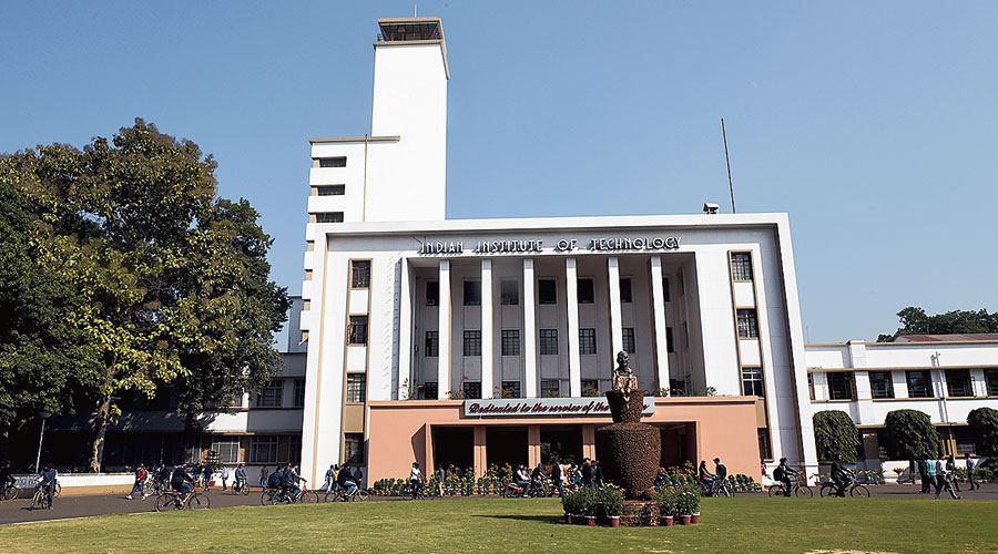 A blanket ban on entry into and exit from IIT Kharagpur campus, put in place on September 6, has been withdrawn, said an official.